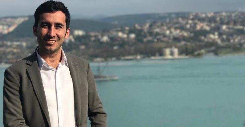 Photo of Turecká vláda drasticky ideologizuje naše školství, říká studentský lídr Bora Celik