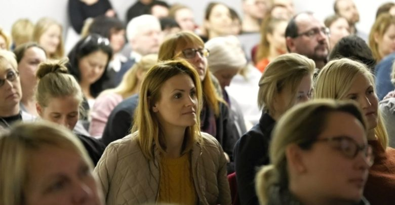 Photo of Debata rodičů na konferenci Perpetuum: Jaké vzdělání chceme pro své děti?