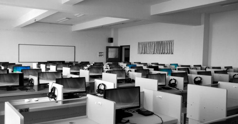 Photo of Neptejme se, které technologické pomůcky školám vyhovují, ale PROČ