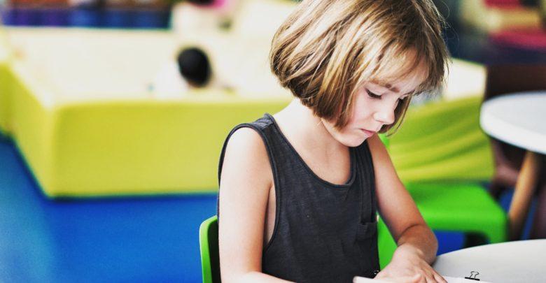 Photo of Počítání na prstech matematické dovednosti podporuje, zjistili britští vědci