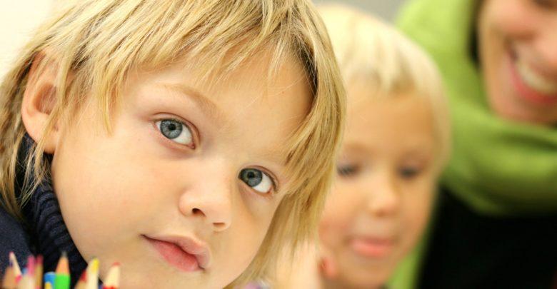 Photo of Plošné testování čtyřletých dětí hýbe britským školstvím. Učitelé jsou razantně proti