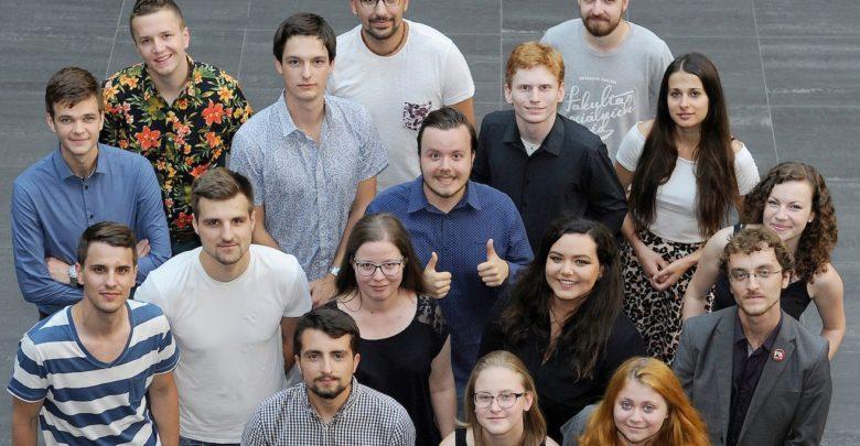 Photo of 57 % mladých Čechů se nezajímá o veřejné dění