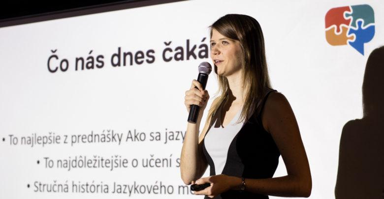 Photo of Vyjíždět do zahraničí je zbytečné, podnětnější prostředí na učení jazyků si můžete nasimulovat doma