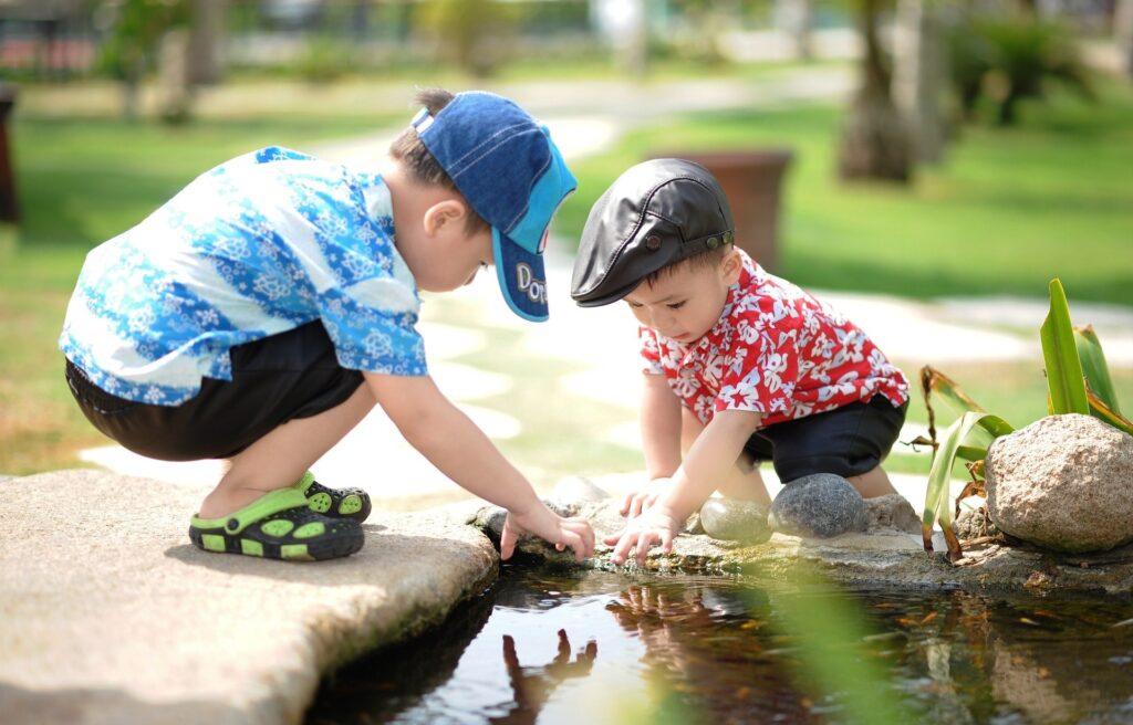 Svobodná hra dětí předškolního věku.